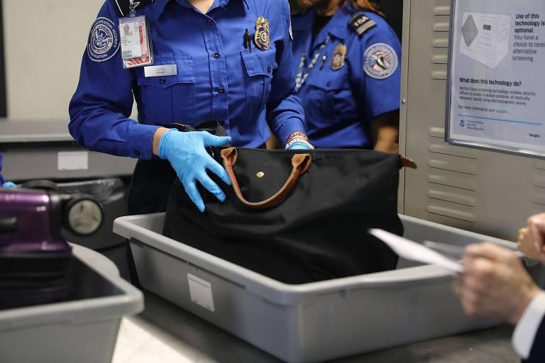 Seguran�a em aeroportos dos EUA