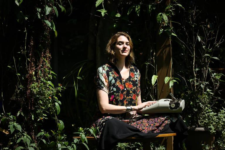 Camila Appel, dramaturga e autora do blog Morte Sem Tabu, da *Folha*