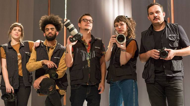 "Parte do elenco do reality show ""Arte na Fotografia"""