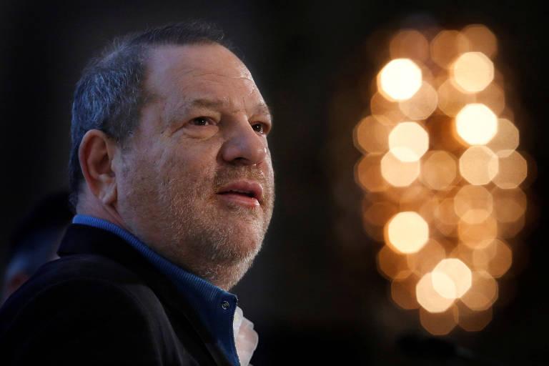 A polícia de Nova York afirmou que está reunindo provas para prender o produtor de cinema americano Harvey Weinstein