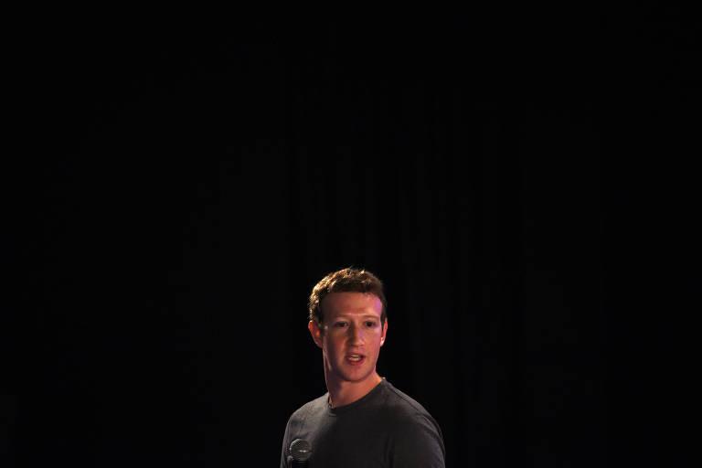 O fundador do Facebook, Mark Zuckerberg, discursa em evento em Nova D�li (�ndia)