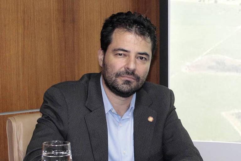 retrato de Adolfo Sachsida