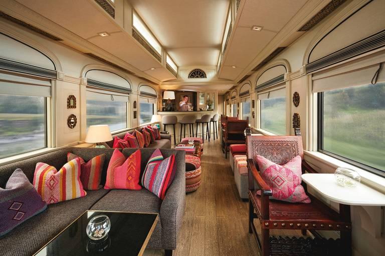 Trem de luxo no Peru