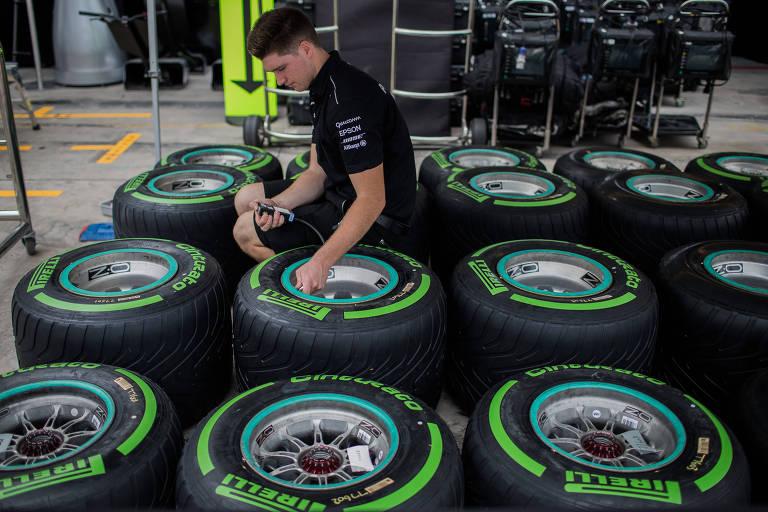 1º dia de Fórmula 1 no Brasil