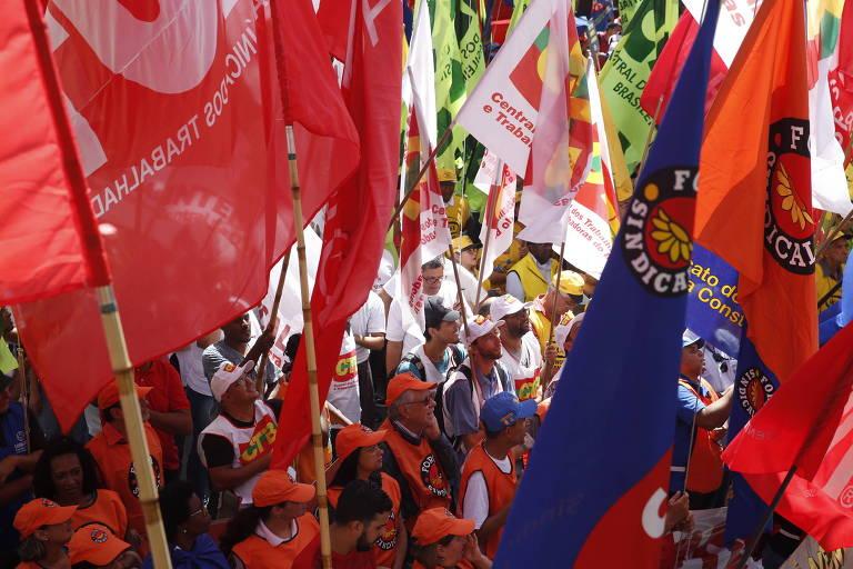 Plano de sindicalistas para manter imposto fracassa