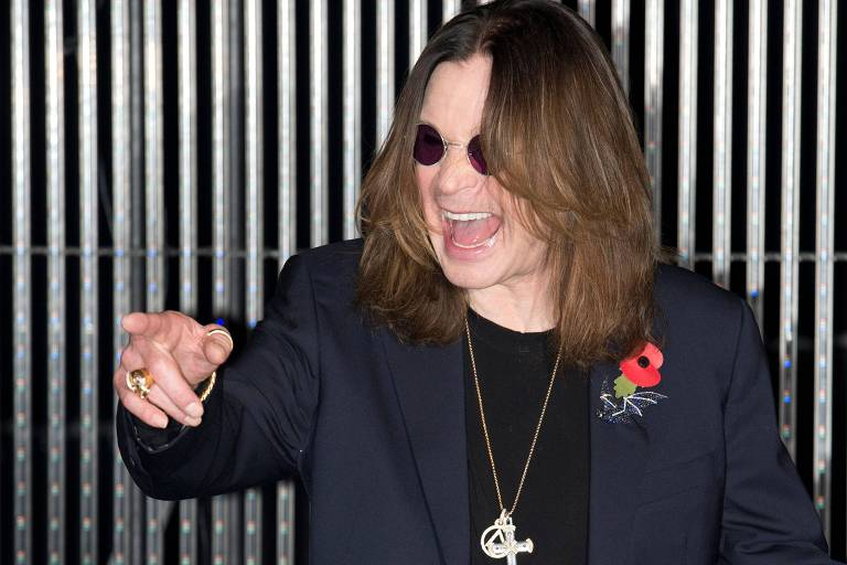 Ozzy Osbourne tem alta da UTI após pneumonia e já consegue respirar sem a ajuda de aparelhos