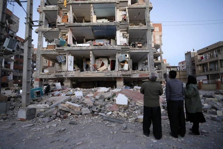 Terremoto na fronteira entre Irã e Iraque