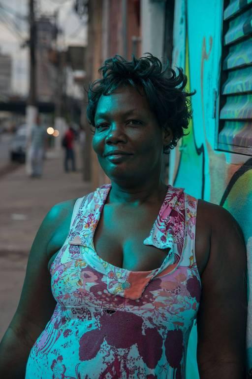 Oriante Doxima, 46. Está no Brasil há dois anos. 'Sou apaixonada pela cultura Brasileira'.