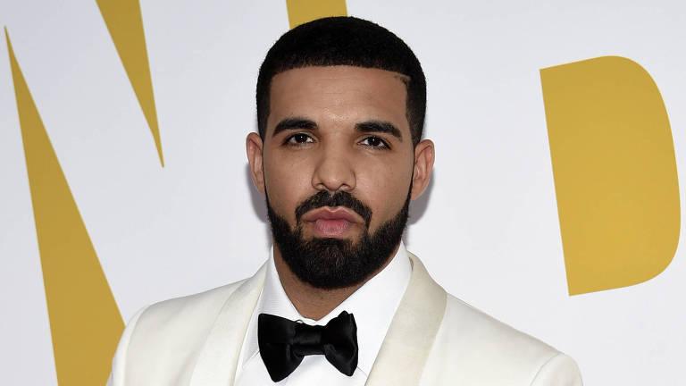 O rapper canadense Drake pausou a música para dar um 'sermão' em um homem na plateia, durante um show em Sidney