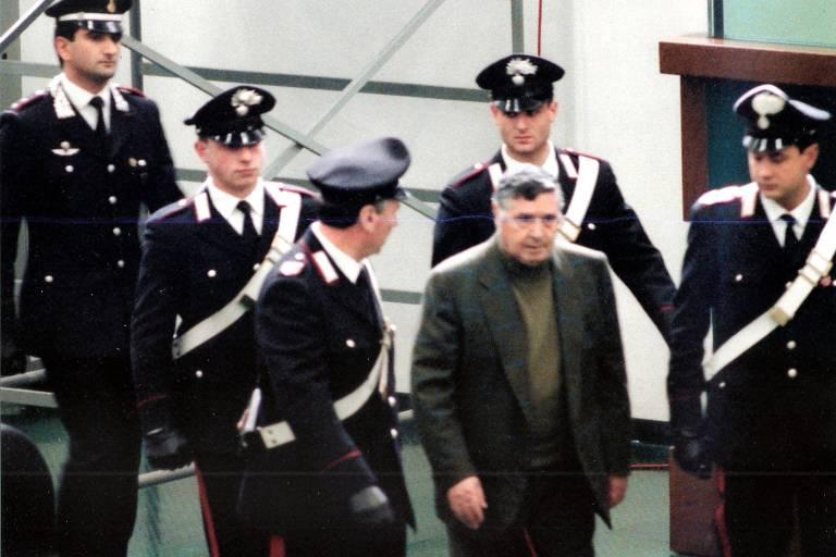 Morre Toto Riina