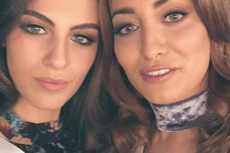 Miss Israel (à esq.) e miss Iraque (à dir.) queriam promover a paz e o amor