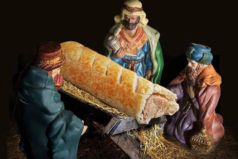 A rede britânica Greggs divulgou a imagem com o intuito de promover seu calendário natalino