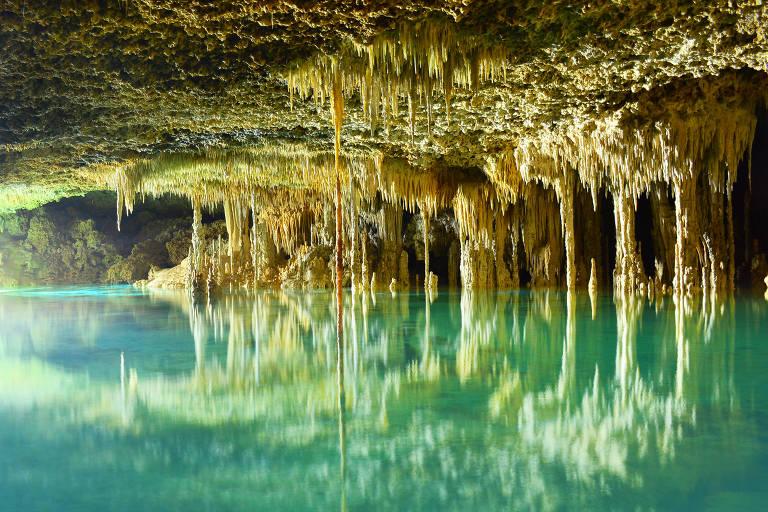 Lago em caverna no Río Secreto – Divulgação