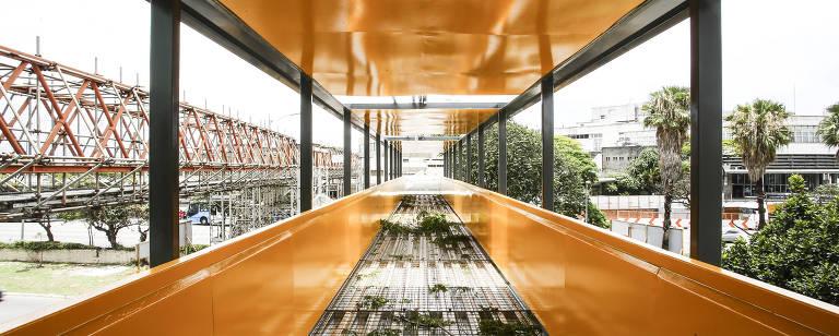A estrutura da passarela – Flavio Florido/Folhapress