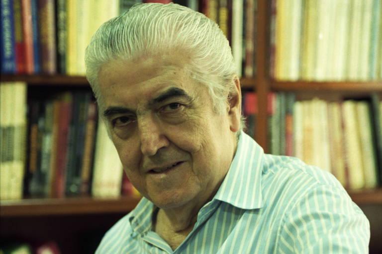 O editor Jorge Zahar, no Rio, em 1998