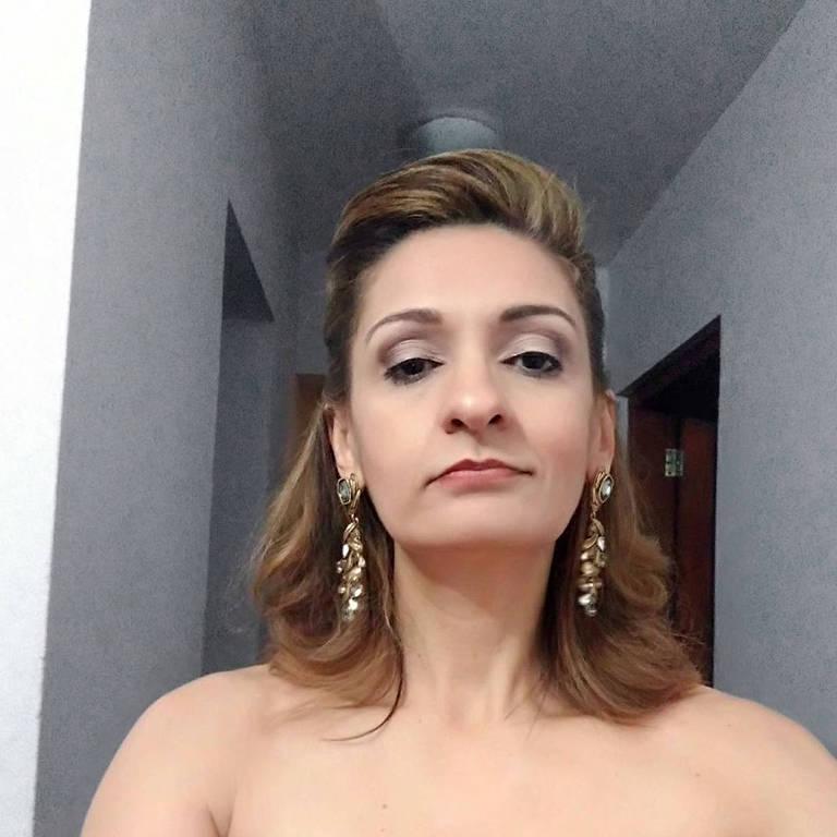 Juíza morre atingida por pedaço de ponte