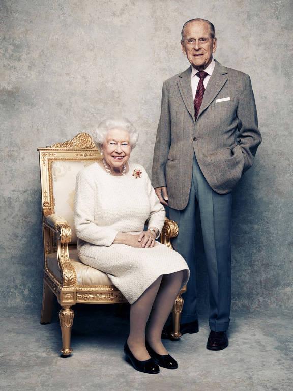 Rainha Elizabeth 2ª e o príncipe Philip comemoram 70 anos de casados