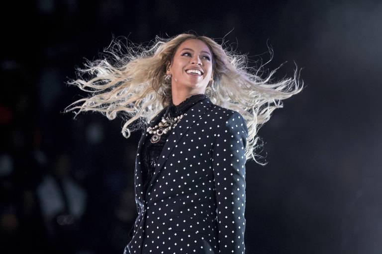 As dez mulheres mais bem pagas da indústria musical
