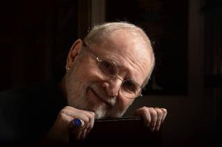 Retrato do apresentador J� Soares
