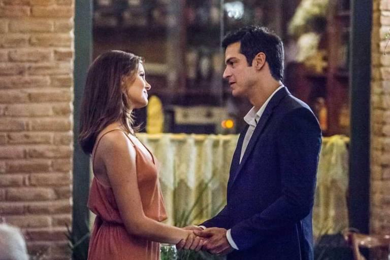 'Pega Pega':Rúbia avisa para Eric e Luiza que sabe que a separação dos dois é falsa