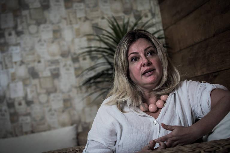 """A secretária municipal de Direitos Humanos de São Paulo, Patrícia Bezerra, comunicou em maio de 2017 ao prefeito João Doria (PSDB) deixaria o cargo. A decisão foi tomada após operação de maio na Cracolândia, que Patrícia classificou como """"desastrosa"""""""