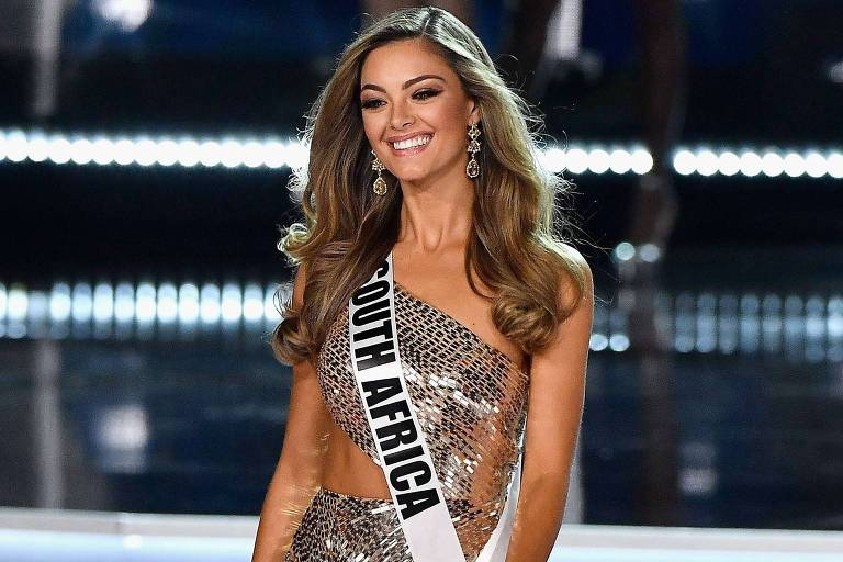 A sul-africana Demi-Leigh Nel-Peters, vencedora do Miss Universo 2017