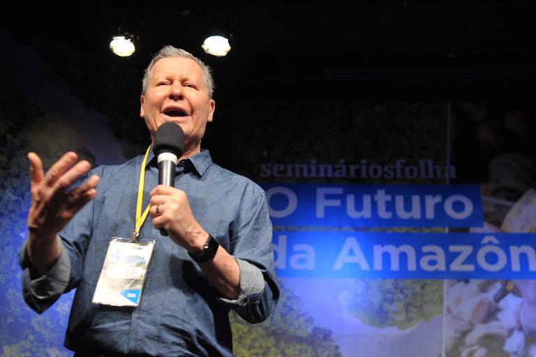 """O prefeito de Manaus, Arthur Virgílio, discursa na abertura do seminário """"O Futuro da Amazônia"""""""