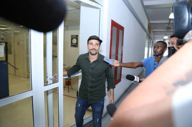 Bruno Gagliasso presta queixa contra socialite Day McCarthy