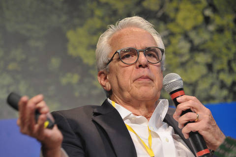 Paulo Guedes confirma Roberto Castello Branco como futuro presidente da Petrobras