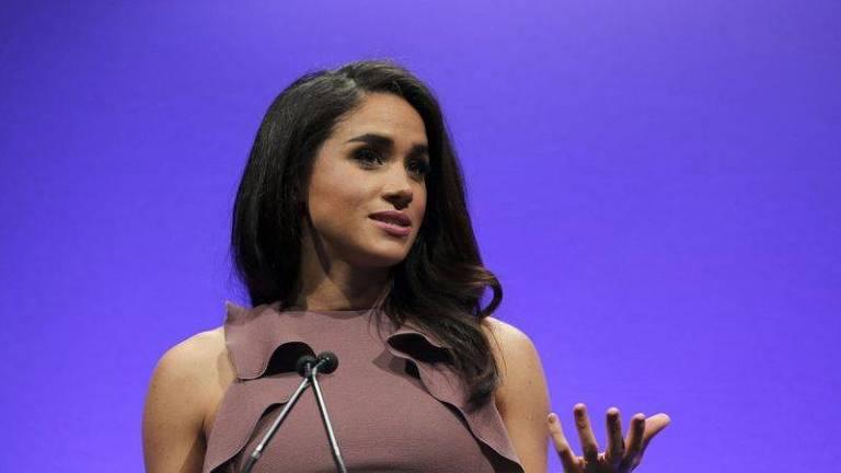 Meghan fala em um evento que promove o papel das mulheres nas telecomunicações    Meghan Markle créditos