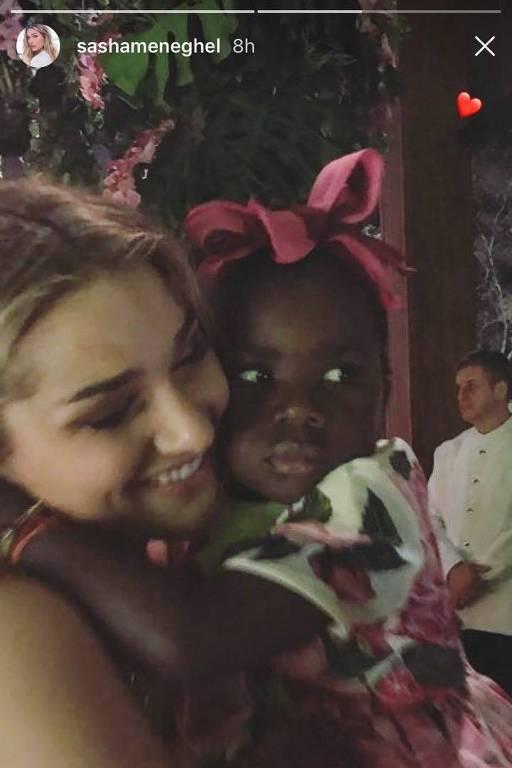 Sasha divulga mensagem de apoio a Titi