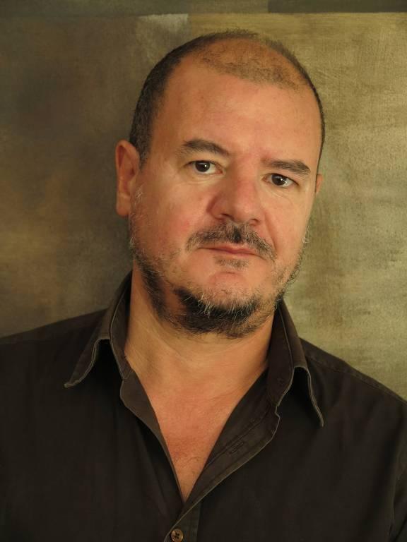 O escritor português Rui Cardoso Martins, autor de 'Levante-se o Réu