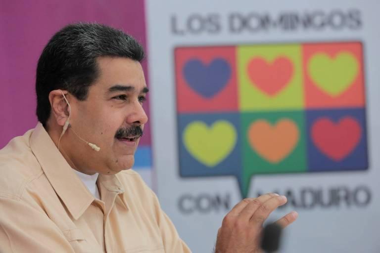 O l�der venezuelano, Nicol�s Maduro, apresenta seu programa no canal estatal VTV neste domingo