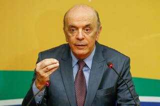 Reunião da executiva da PSDB define se embarca no governo Temer