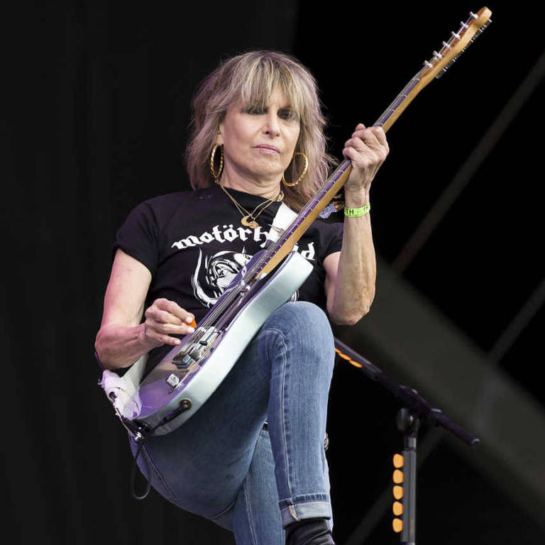 A vocalista Chrissie Hynde durante show do Pretenders no festival Glastonbury deste ano