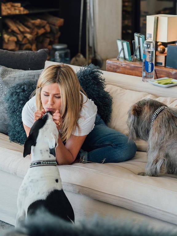 Jennifer Aniston mostra partes de sua casa no Instagram