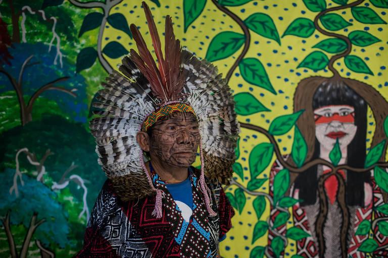 Exposi��o da tribo Huni Kuin no Ita� Cultural