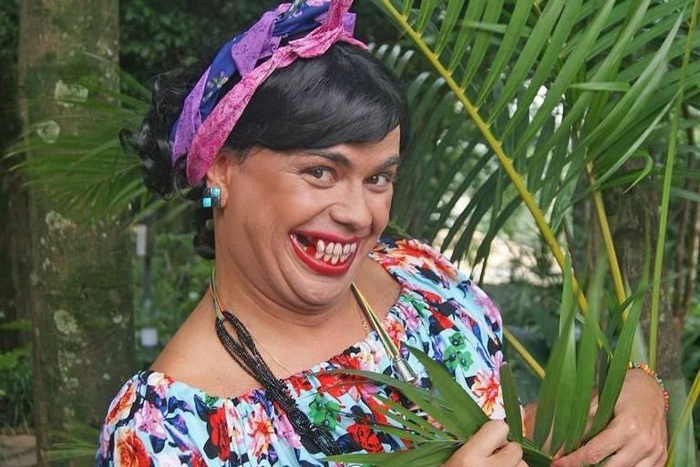"""Carioca, do """"Pânico"""", faz paródia com Bela Gil"""