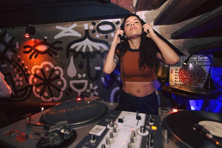 Onde os DJs dançam?