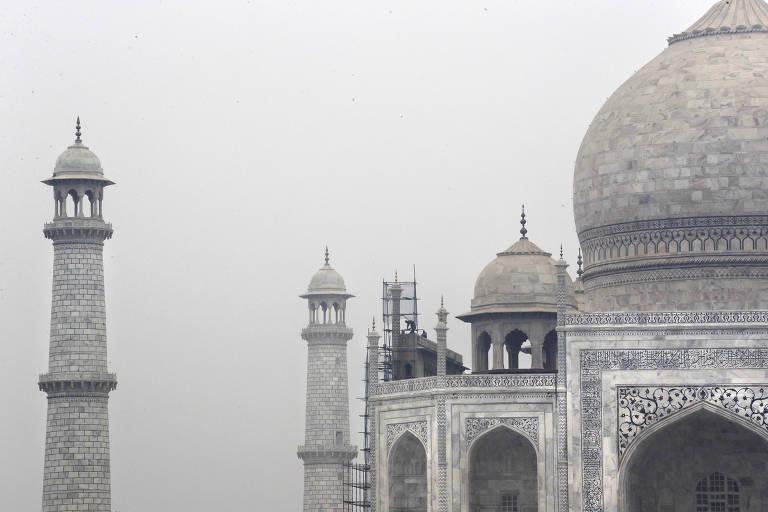 Limpeza do Taj Mahal