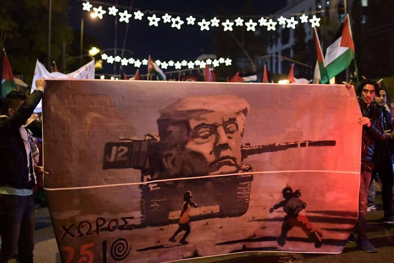 Membros da comunidade palestina na Grécia protestam contra decisão de Trump sobre Jerusalém