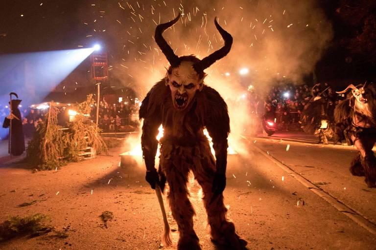 Anti-Papai Noel - monstros 'Krampus'