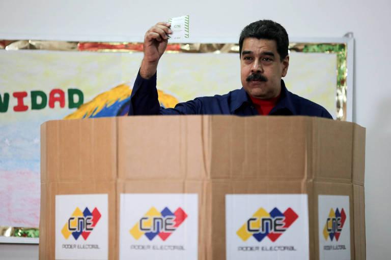O ditador venezuelano Nicolás Maduro após votar na eleição municipal deste domingo