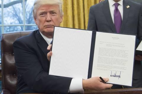 Trump confirma isenção de tarifas ao aço do Brasil até maio, mas considera quotas