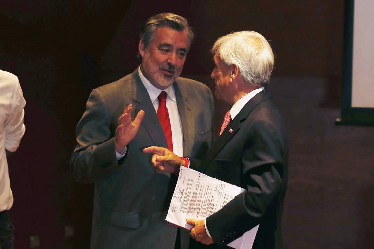 Alejandro Guillier(esq.) e Sebastián Piñera, os dois canidatos a Presidência do chile