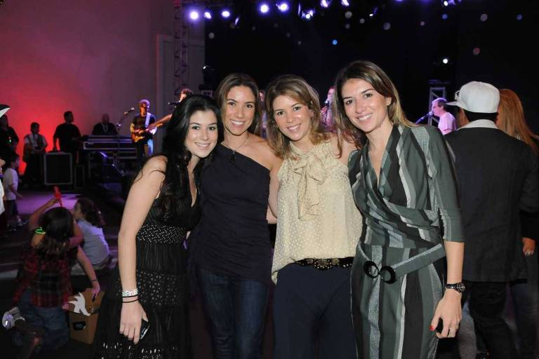 As filhas de Silvio Santos e Iris Abravanel (da esq. para dir.) Renata Abravanel, Patrícia Abravanel, Daniela Abravanel Beyruti e Rebeca Abravanel Ferreira