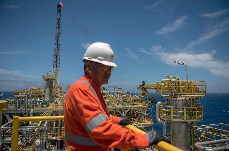 Resultado de imagem para Estados e municípios devem ficar com até 15% dos recursos financeiros do megaleilão de petróleo