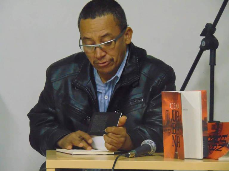 Cobrador e escritor