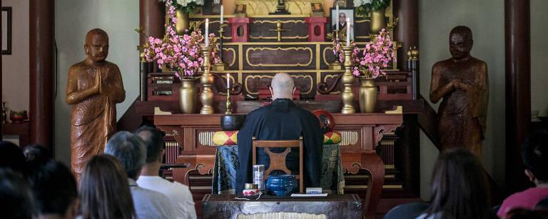 Interior do templo Enkoji, em Itapecerica da Serra – Keiny Andrade/Folhapress