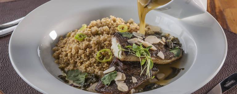 Tambaqui com molho de tucupi e jambu, farinha de Uarini e pimenta-de-cheiro está no menu – Elvis Fernandes/Divulgação